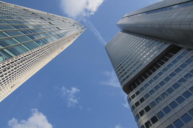 architecture 279830 640 Porovnání internetového bankovnictví   Šest bank pod lupou